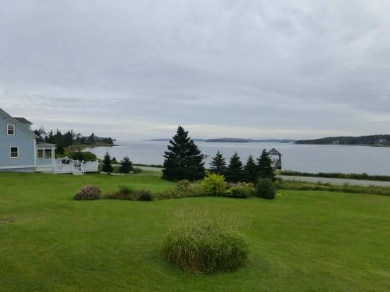 Port Dufferin, Kanada: View from our room at the Marquis of Dufferin Seaside Inn