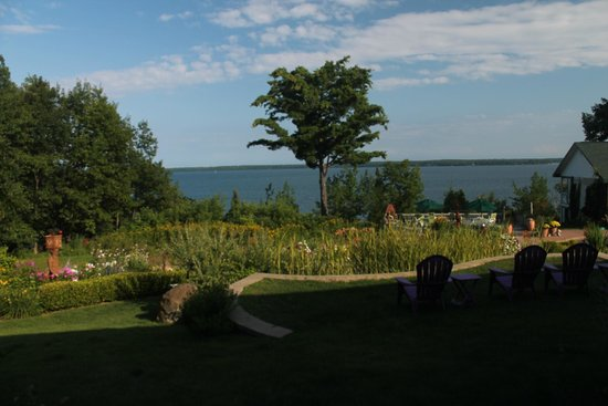Winfield Inn: The view from our patio