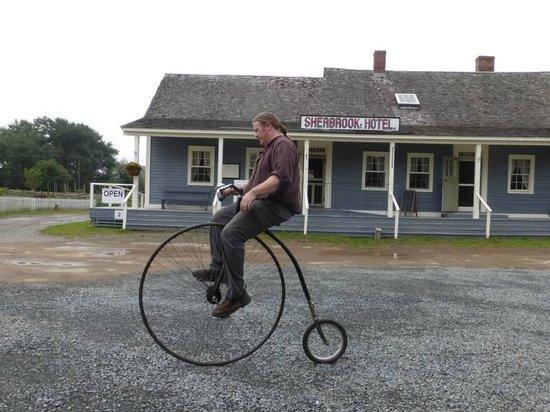 Sherbrooke Village : Biking demonstration