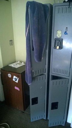 The Dakota Hotel : Locket