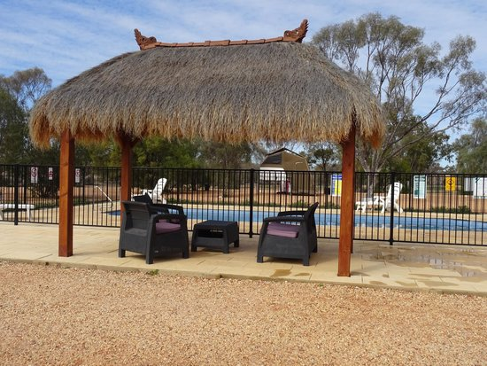 Opal Caravan Park: relax for happy hr