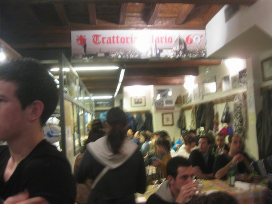 Trattoria Mario : so packed