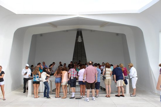 USS Arizona Memorial/WW II Valor in the Pacific National Monument : Inside
