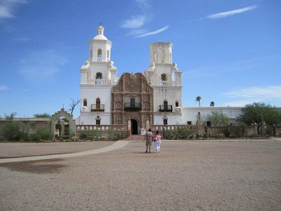 Mission San Xavier del Bac: Mission San Xavier