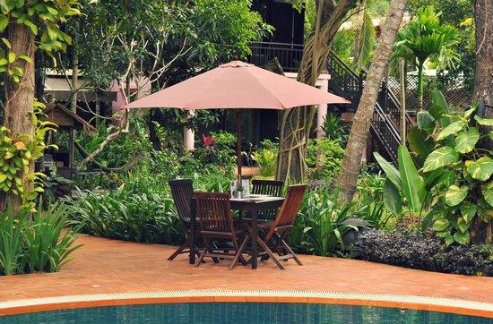 The River Garden : Jungle Pool