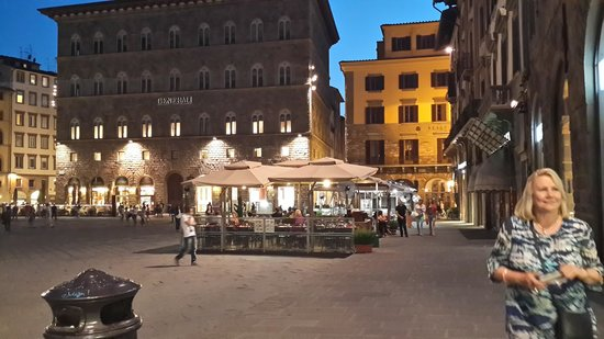 B&B Tourist House Ghiberti : Main Piazza, ten minutes from Hotel