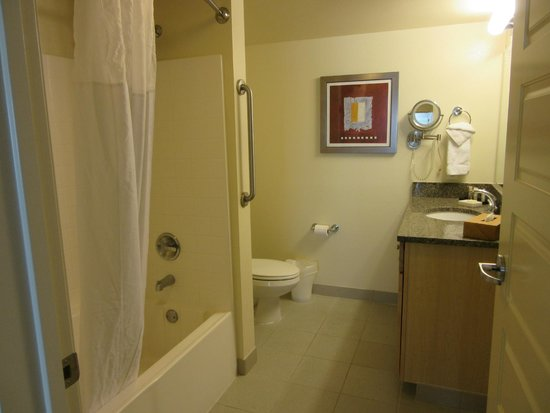 WorldMark Anaheim: Master Bathroom