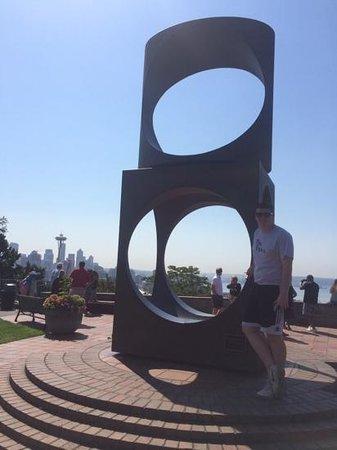 Kerry Park: sculpture in the park