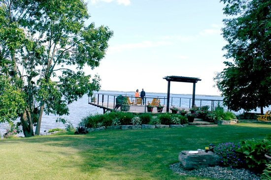 Howe Island B&B: View