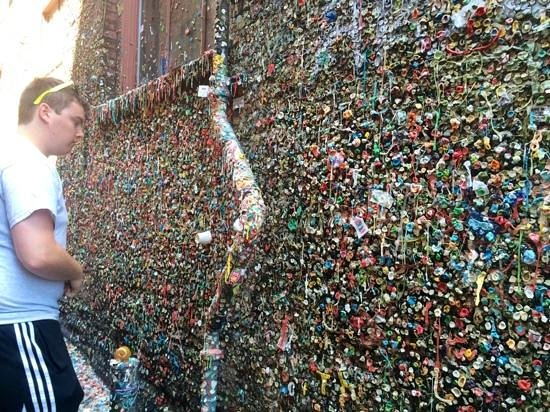 The Gum Wall : where is that geocache??