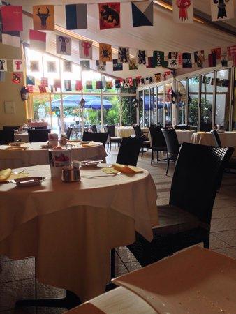 BEST WESTERN Hotel Bellevue Au Lac: Frühstücksraum