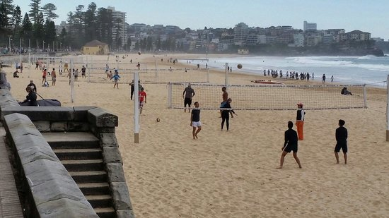 Manly Beach : Beach volleyball at Manly