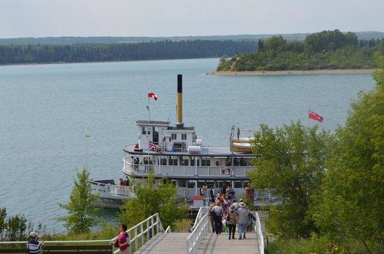 Heritage Park Historical Village: boat cruise