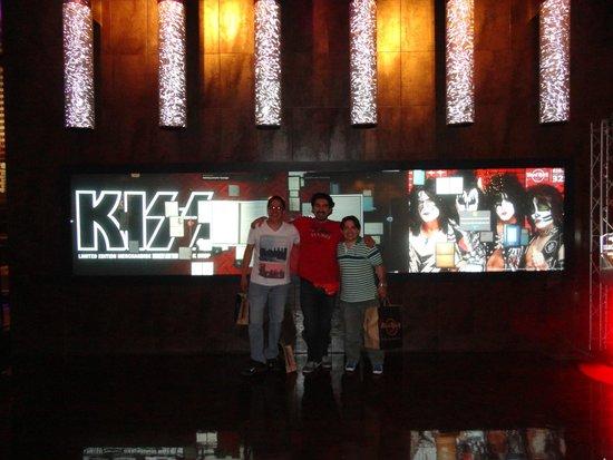 Hard Rock Cafe: KISS
