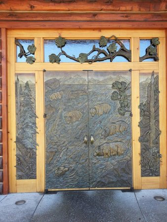 Taprock Northwest Grill : The beautiful front doors.