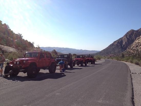 Las Vegas Rock Crawlers: airing down before going off road