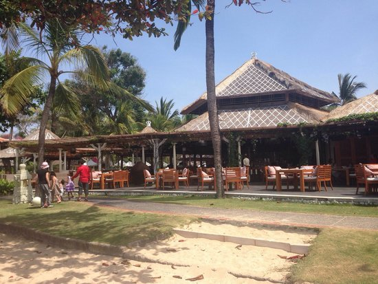 The Westin Resort Nusa Dua, Bali: Ikan resto by the beach