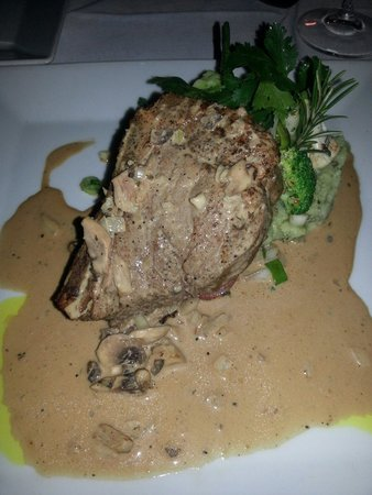 Terra Mare: Melt in your mouth - beef on bone