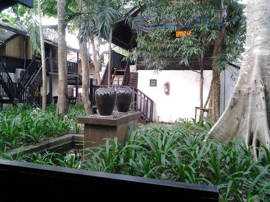 Kacha Resort & Spa, Koh Chang : Красивая территория
