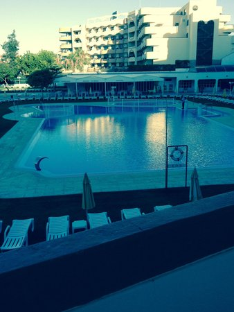 Hotel Apartamento Brisa Sol: Pool view room