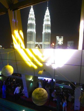 Traders Hotel, Kuala Lumpur : New Years Eve At Traders