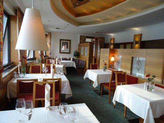 Romantikhotel Im Weissen Rössl: Restaurant