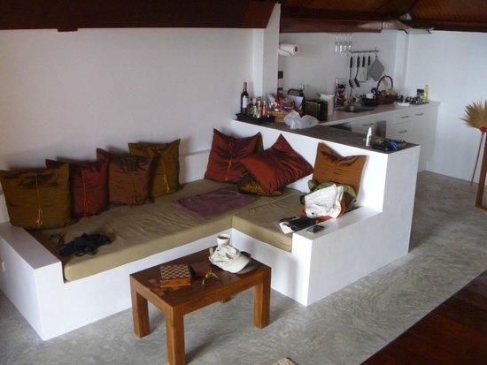 The Place Luxury Boutique Villas: VIlla 9 Kitchen and living