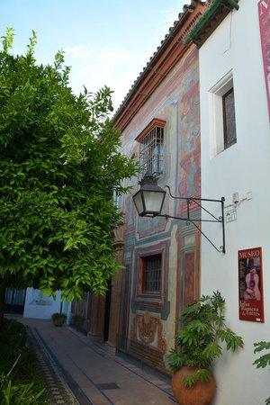 Museo de Julio Romero de Torres: Fachada del museo