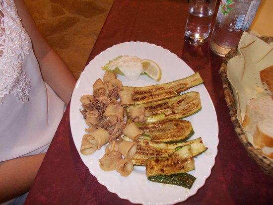 Terra Istriana: calamari fritti con zucchine grigliate