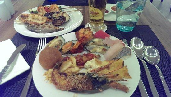PARKROYAL Yangon : Dinner buffet
