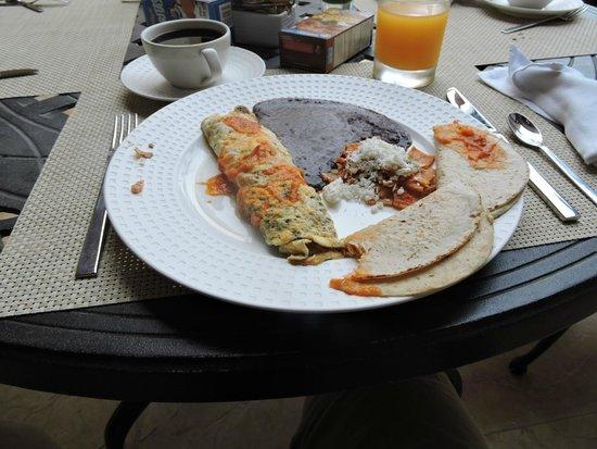 Villa La Estancia : Breakfast at La Casona