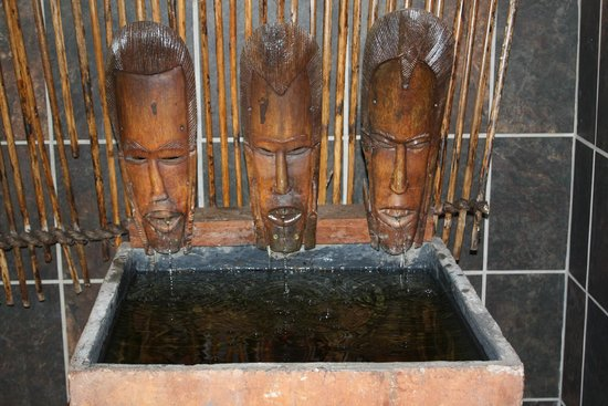 Lidiko Lodge: mooie fontein