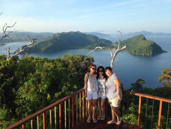 El Nido Resorts Pangulasian Island: 360degrees View from the top of Pangulasian Island!!!