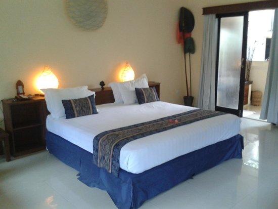 Hotel Vila Ombak: interno della camera deluxe