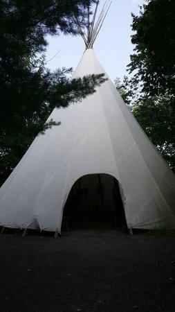 Site Traditionnel Huron: Tipi