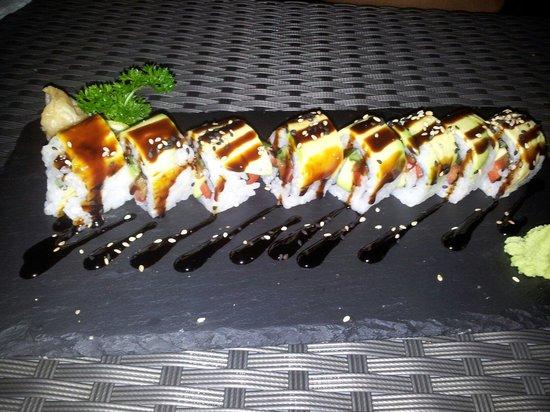 Makiman Restaurant: Greenbelt Roll