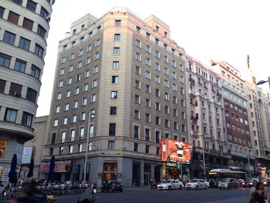 Hotel Vincci Via 66 : Façade