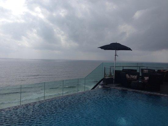 OZO Colombo: Rooftop