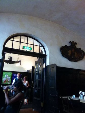 Zum Augustiner: The inside of the restaurant