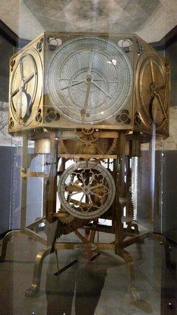 Museo della Scienza e della Tecnologia Leonardo da Vinci: .