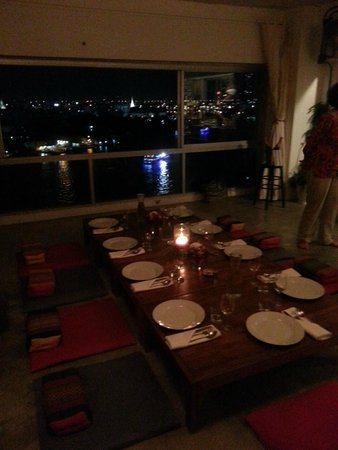 Nang Gin Kui - Bangkok Private Dining : Dinner by the river