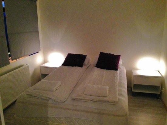 AR Guesthouse: Cama, silenciosa y cómoda