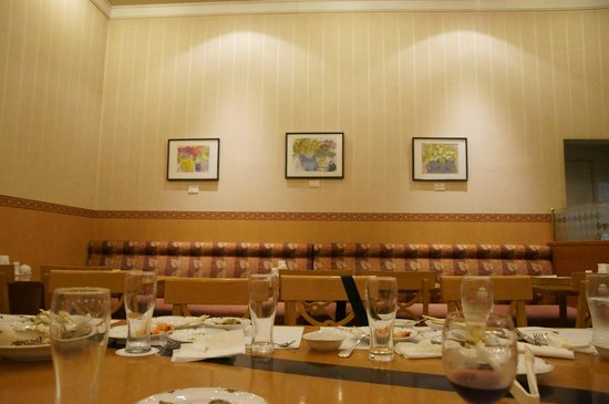 Sirene, Hotel Clement Uwajima Sirene: 店内、結構エアコン効いてました(^0^;)