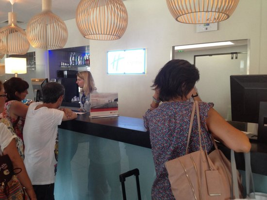 Holiday Inn Express Marseille-Saint Charles: First impressions were good, the welcome was not.