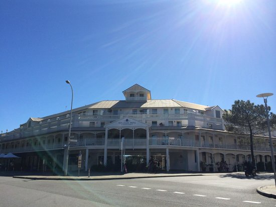 Esplanade Hotel Fremantle - by Rydges: Great place to stay :)