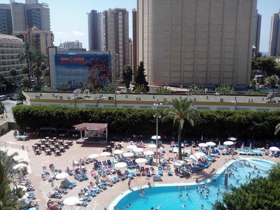 Servigroup Venus: piscina desde habitación