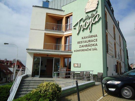 Hotel Troja: troja