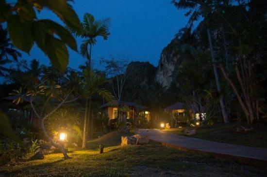 Ban Sainai Resort : Abendstimmung