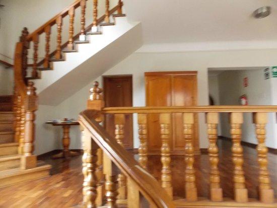 Hotel San Antonio Abad : heading upstairs to bedrooms