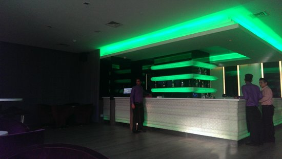 E Hotel: The Elixir Bar